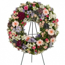 wreath_of_natural_mixed_fl_4ced5dc21cee4